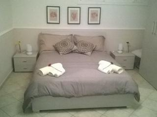 Cozy 2 bedroom Townhouse in Enna with Internet Access - Enna vacation rentals