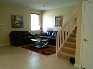 Beautiful 4 bedroom House in Homestead - Homestead vacation rentals