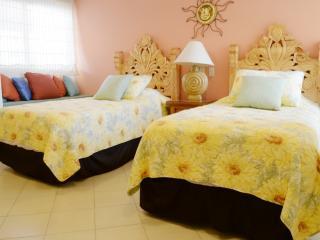 Welcome to Bay View Grand Gali Diva - Puerto Vallarta vacation rentals