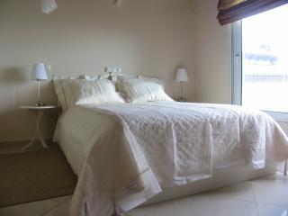 Sea front beach house in Marathon - Nea Makri vacation rentals
