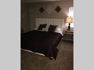 3br/2bath Upgraded Condo 5 min from Strip - Las Vegas vacation rentals