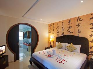 Oriental Romantic 1 Bedroom Pool Villa in Seminyak - Seminyak vacation rentals