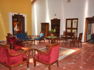 5 bedroom B&B with Internet Access in Madikeri - Madikeri vacation rentals