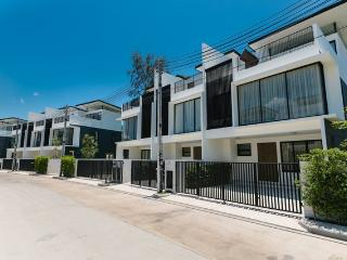 TH2 - Phuket vacation rentals