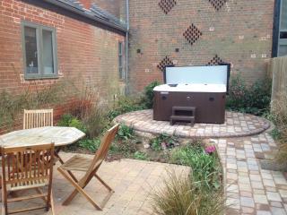 Comfortable 2 bedroom Vacation Rental in Cambridgeshire - Cambridgeshire vacation rentals