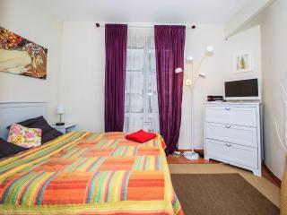 Studio Orange 1086 - Paris vacation rentals