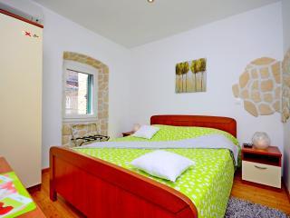 Room 2 Villa Capo - Split vacation rentals