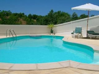 Quinta dos Pocos Apartment - 4 bed, with pool - Ferragudo vacation rentals