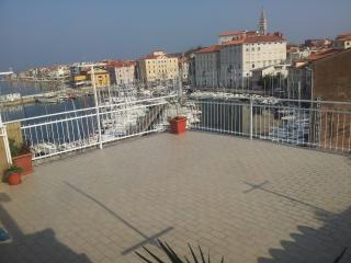 Appartment near sea - Izola vacation rentals