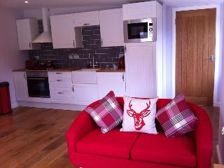 Cozy Ullapool Studio rental with Deck - Ullapool vacation rentals