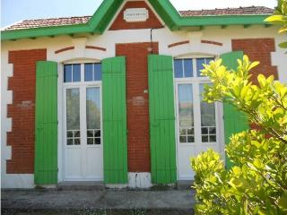 Villa traditionnelle de bord de mer - Soulac-sur-Mer vacation rentals