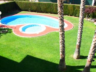 Nice apartment with pool - Cambrils vacation rentals
