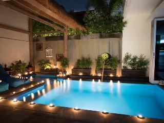 Lovely 3 bedroom Villa in Kuta - Kuta vacation rentals