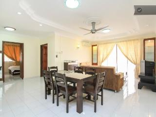 Sea View Nice Fitted Codo By The Beach, Huge Pool - Batu Ferringhi vacation rentals