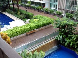 Grand 2BR Apt w/ Balcony View in Upscale Thonglor - Bangkok vacation rentals