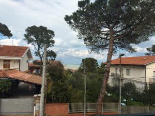 Terrazza vista mare - Francavilla Al Mare vacation rentals