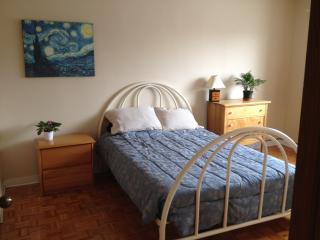 Big sunny room in Villeray - Montreal vacation rentals