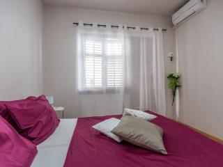 Nice 1 bedroom House in Omis - Omis vacation rentals