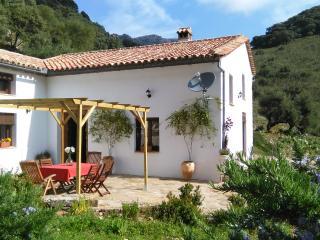 """Finca Cañada de los Cerezos """" Sierra de Grazalema"""" - Grazalema vacation rentals"""