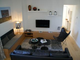 2 bedroom Apartment with Internet Access in Nantes - Nantes vacation rentals