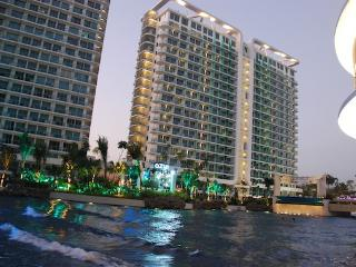 1BR Beach Paradise in the City WIFI Parking - Paranaque vacation rentals