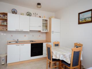 Apartments Ivana - 66581-A1 - Jadranovo vacation rentals