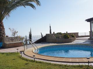Villa for 4 people with pool, jacuzzi and sauna - Santa Cruz de Tenerife vacation rentals