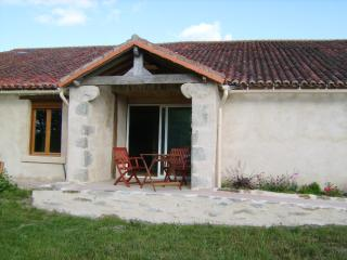 Nice Gite with Internet Access and Outdoor Dining Area - L'Absie vacation rentals