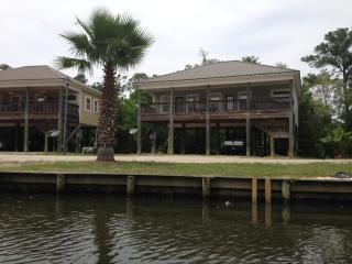 Vacation on the River, Minutes from the Beach - Alabama vacation rentals