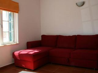 Nice 1 bedroom Carrapateira Apartment with Short Breaks Allowed - Carrapateira vacation rentals