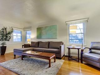Charming Flat - Modern Design; Newly Remodeled - San Francisco vacation rentals