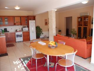 villa italiana appartment de lux villa 3 bedrooms. - Agios Nikolaos vacation rentals