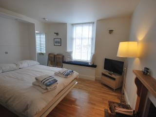 Elie Residence Studio Apartment - Elie vacation rentals