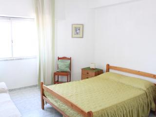 Nice 1 bedroom Condo in Quarteira - Quarteira vacation rentals