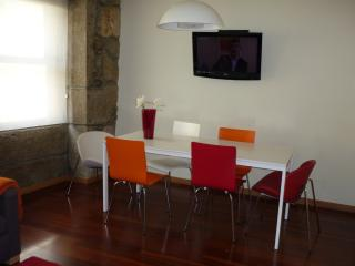 Douro Flat, Central with wi-fi - Porto vacation rentals
