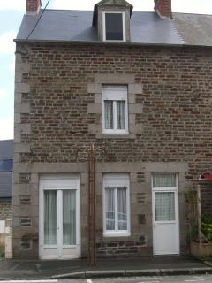 Traditional stone home in Pontorson, Normandy - Pontorson vacation rentals