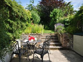 Perfect Cottage with Internet Access and Fireplace - Cerne Abbas vacation rentals