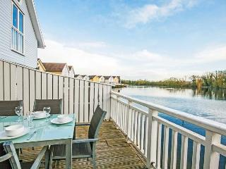 Eider Lodge, Spring Lake 52 - 3 bedroom lakeside lodge in the Cotswolds - South Cerney vacation rentals