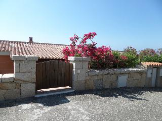 Cozy 3 bedroom House in Aglientu with A/C - Aglientu vacation rentals