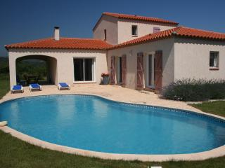 Villa Vinca - pool, WiFi & stunning scenic views - Vinca vacation rentals
