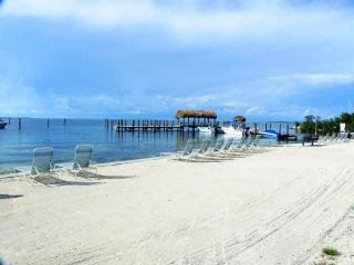 Executive Bay Club G5 - 28 NIGHT MINIMUM!!!1 - Islamorada vacation rentals