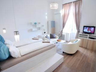 Elizabeth Garden Apartment - Budapest vacation rentals