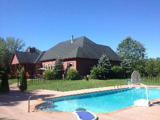 Nice Manor house with Internet Access and A/C - Clinton Corners vacation rentals