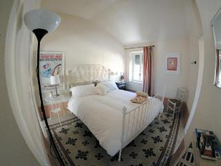Romantic 1 bedroom Dolceacqua Bed and Breakfast with Internet Access - Dolceacqua vacation rentals