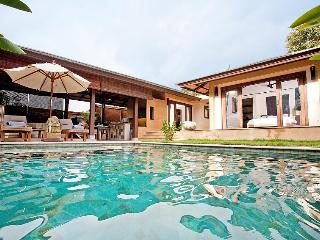 Villa Vauxhall - 2 Bedroom Villa in Koh Lanta - Krabi vacation rentals