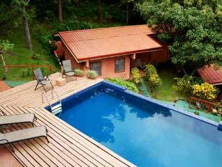 Ama Tierra Retreat and Wellness Center - San Pablo vacation rentals