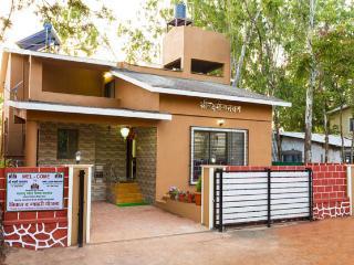 SHRI LAXMI NARAYAN - Panchgani vacation rentals