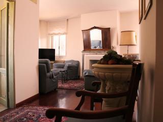 D'Annunzio apartement - Florence vacation rentals