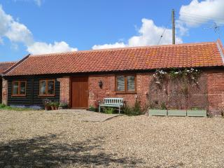 The Hairy Pigs' Rural Retreat - Loddon vacation rentals
