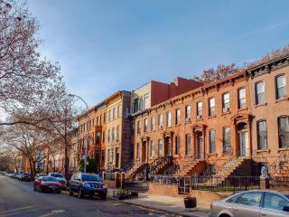** Historic & Beautiful Brownstone Charm ** - Brooklyn vacation rentals